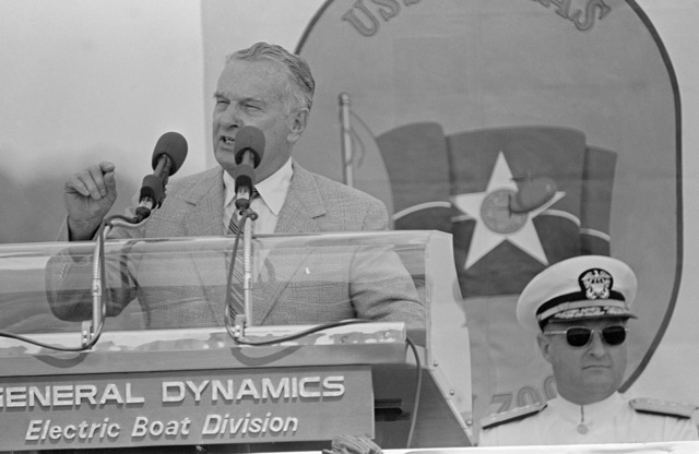 William P. Clements Jr., governor of Texas, speaks during the commissioning of the nuclear-powered attack submarine USS DALLAS (SSN 700)