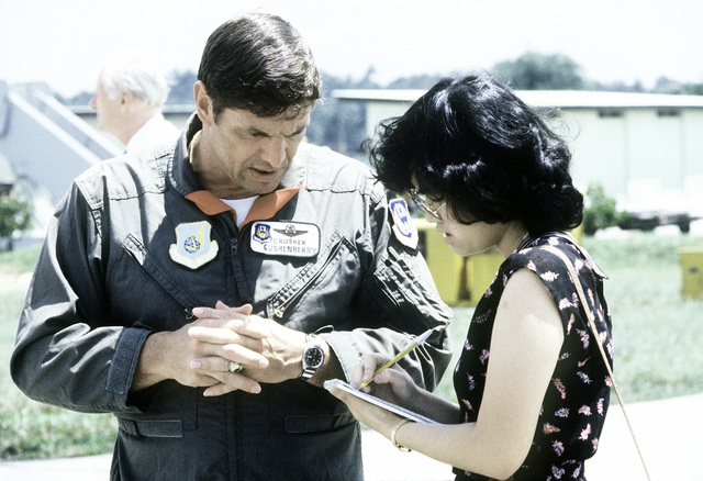 U.S. Air Force COL Anthony Cushenberry talks to a media representative. The U.S., Australian and Singapore Air Forces are taking part in a joint operation at the conclusion of exercise Kangaroo '81