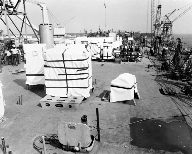 The deck of the destroyer HAYLER (DD-997) before lowering of the superstructure. The destroyer, which is being built by Ingalls Shipbuilding, is presently 40 percent complete