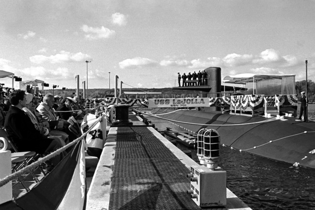 Guests attend the commissioning of the nuclear-powered attack submarine USS LA JOLLA (SSN 701)