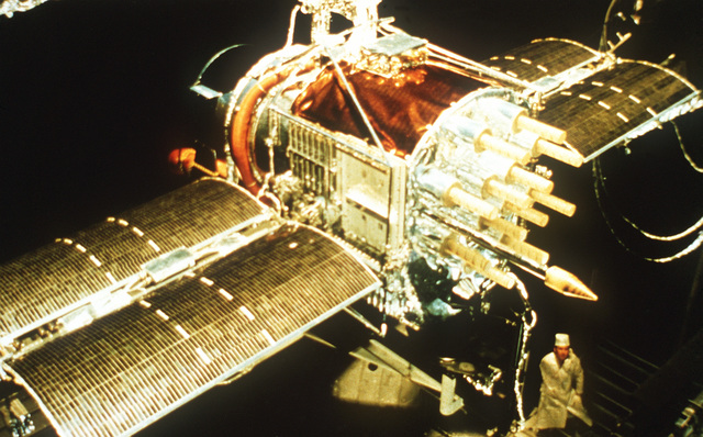 A close-up view of the test Global Positioning System Satellite