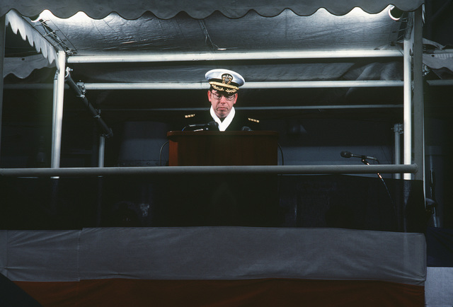 Captain (CAPT) E.C. Webster, supervisor, Shipbuilding, Conversion and Repair, speaks at the commissioning of the guided missile frigate USS GALLERY (FFG 26)