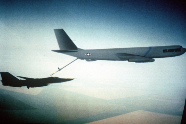 A Digital Image Generation (DIG) aerial refueling, seen air-to-air