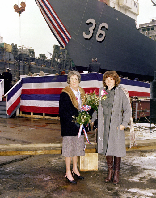 Sponsor Elizabeth T. Underwood poses for a photo with another distinguished guest during thelaunching ceremony for the guided missile frigate UNDERWOOD (FFG-36)