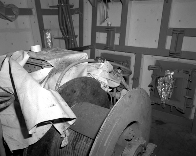 A view of the Nixie winch room aboard the destroyer HAYLER (DD-997) at 60 percent completion