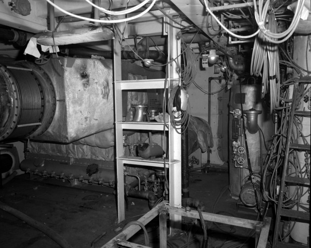 A view of the waste heat boiler No. 3 aboard the destroyer HAYLER (DD-997) at 60 percent completion