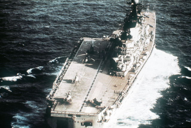 A stern view of the Soviet guided missile vertical take-off and landing (VTOL) aircraft carrier KIEV underway