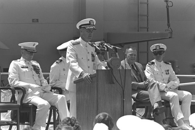 Len M. Thorell, vice president and general manager of Todd Pacific Shipyards Corporation, Los Angeles Division, speaks to the guests attending the commissioning ceremony for the guided missile frigate USS LEWIS B. PULLER (FFG-23)