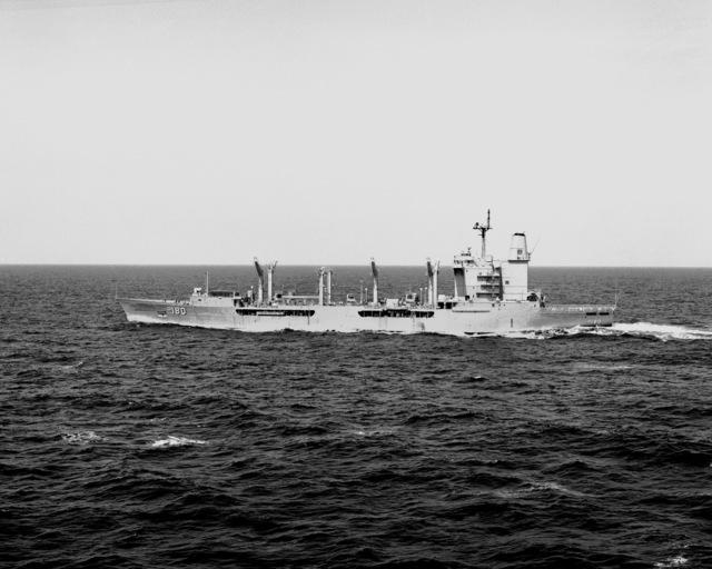A port beam view of the fleet oiler USS WILLAMETTE (AO-180) underway
