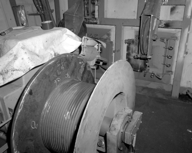 A view of the nixie winch room aboard the Spruance class destroyer HAYLER (DD-997) at 70 percent completion