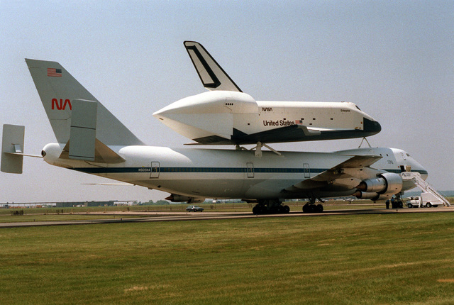 A right rear view of the STS space shuttle Enterprise on the back of a NASA Boeing 747 aircraft during a public display to celebrate the Air and Space Bicentennial