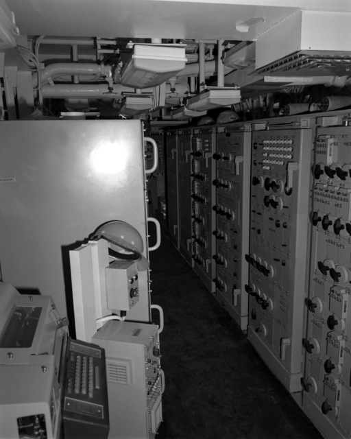 A view of the data processing center aboard the Spruance class destroyer HAYLER (DD-997), at 80 percent complete