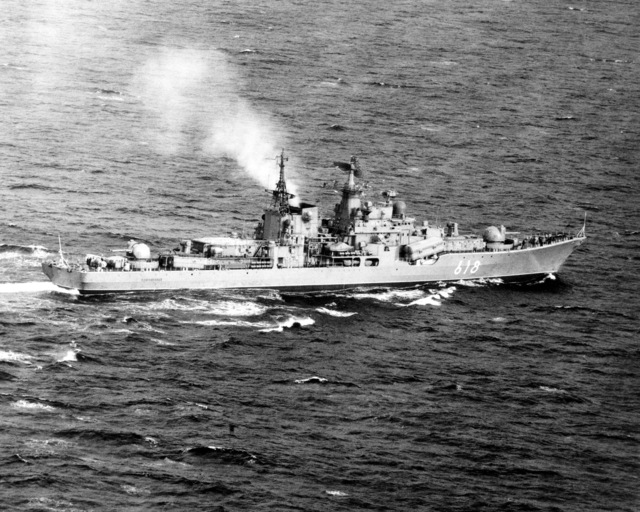 An aerial starboard quarter view of the Soviet SOVREMENNYY class guided missile destroyer (DDG-618) underway