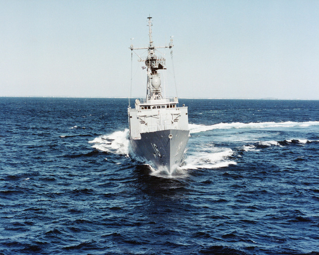An aerial bow view of the guided missile frigate USS CLIFTON SPRAGUE (FFG 16) underway