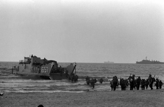 559 Utility landing craft Images: U S  National Archives