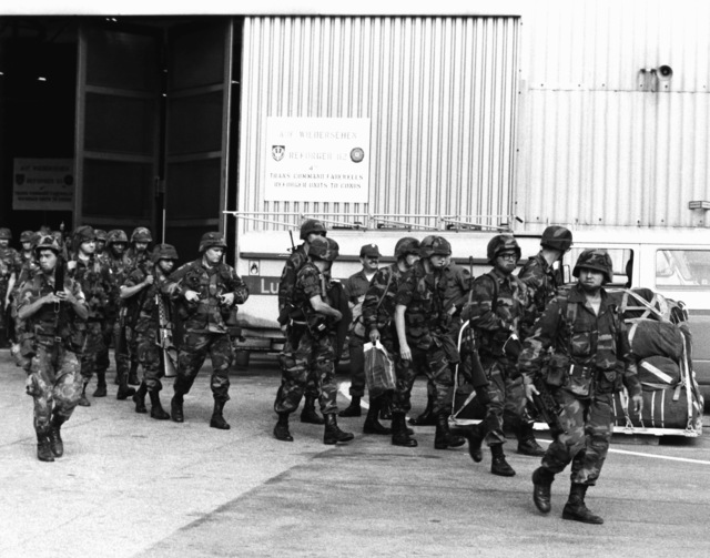 U.S. Army soldiers of the 82nd Airborne Division, prepare to leave Germany after participating in Exercise Reforger '82