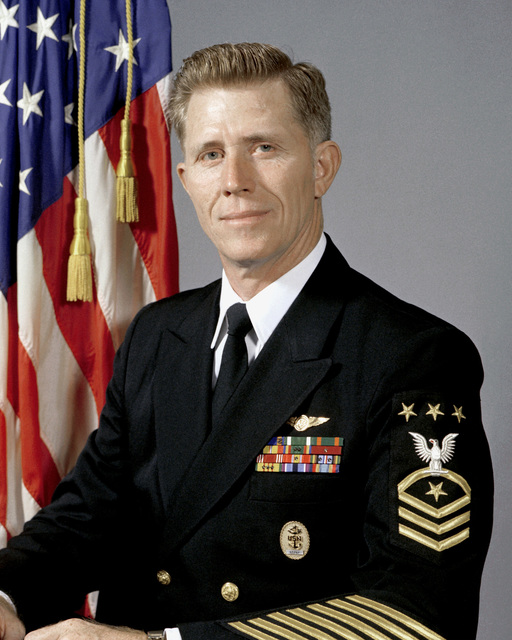 MASTER CHIEF Avionics Technician Billy C. Sanders, USN (MASTER CHIEF PETTY Officer of the Navy) (uncovered)
