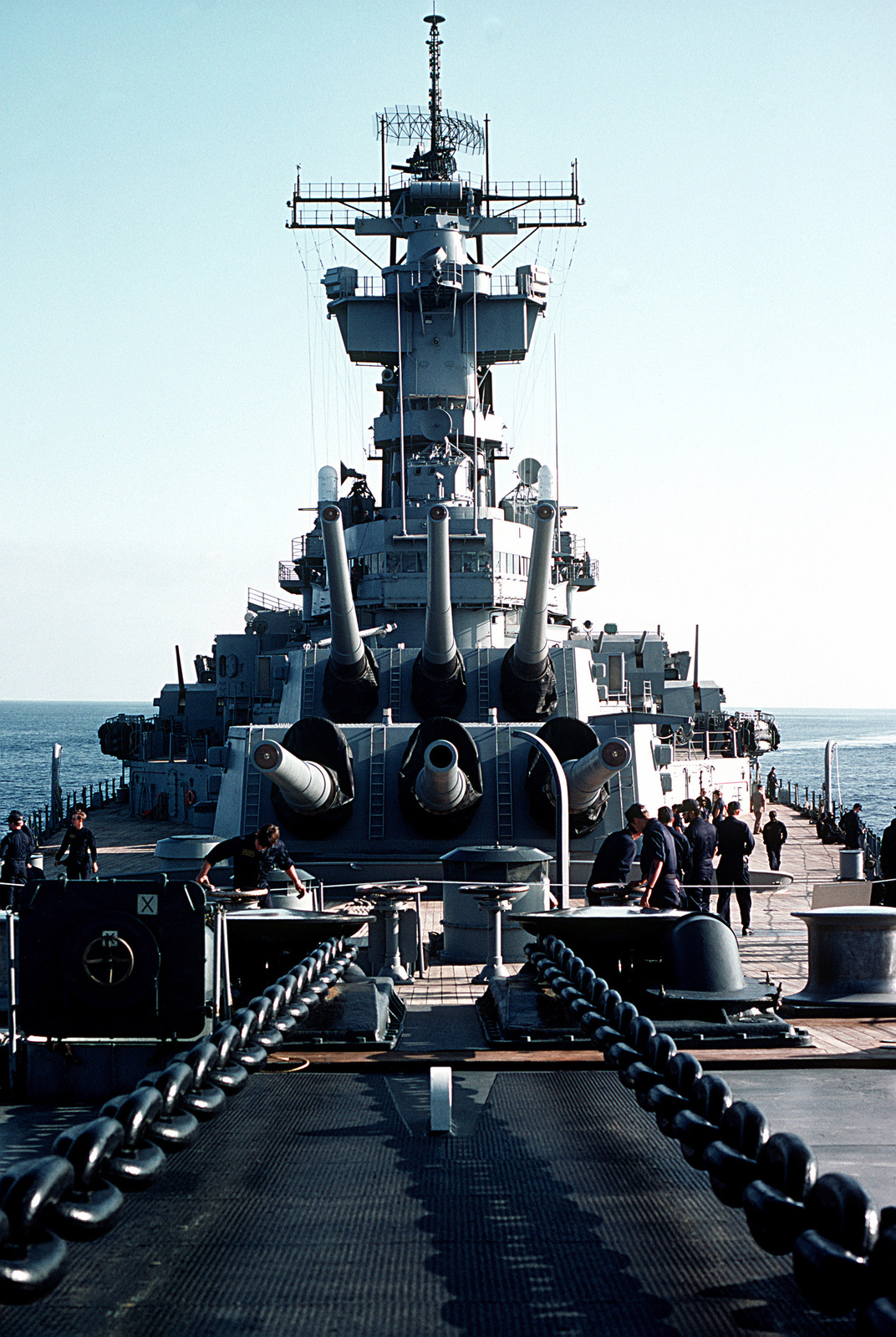 A view of the forward 16-inch/50-caliber gun turrets aboard the battleship USS NEW JERSEY (BB-62), underway during the sea trials before its recommissioning ceremony