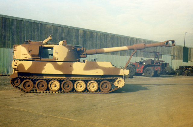 A right side view of an M-109A3 155mm self-propelled howitzer at Letterkenny Army Depot