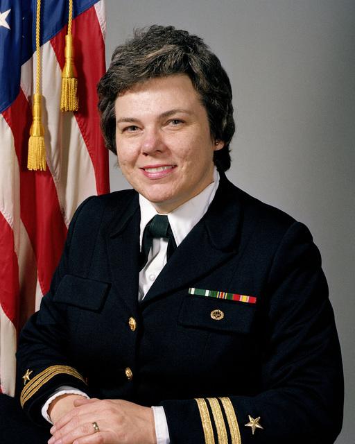 Commander Sandra L. Francis, USN (uncovered)