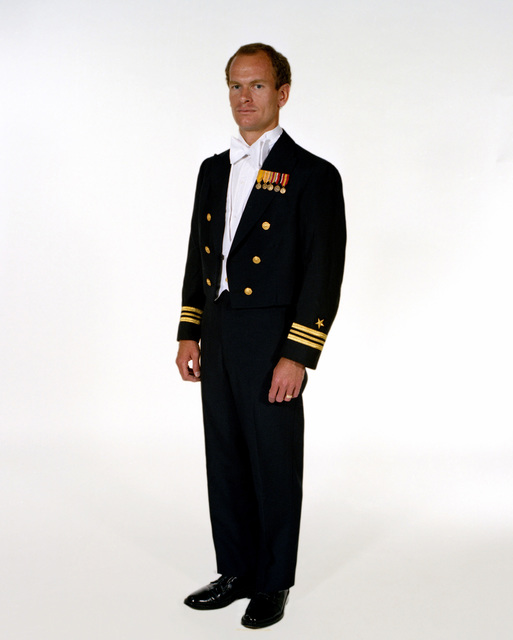 Uniform: Formal dress, male Navy officers