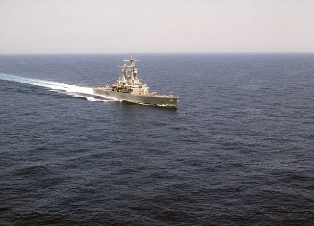 A starboard bow view of the nuclear-powered guided missile cruiser USS VIRGINIA (CGN 38) underway