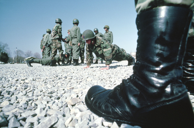 Infantrymen are ordered to do push-ups when they cannot pass inspection at the Army Air Assault School