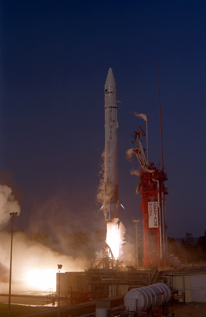 An Atlas-Centaur launch vehicle, carrying an Intelsat V (F6) spacecraft, lifts off from Complex 36A at 6:26 p.m