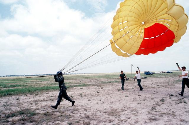 Student pilots learn proper parachuting techniques at the Undergraduate Pilot Training Facility