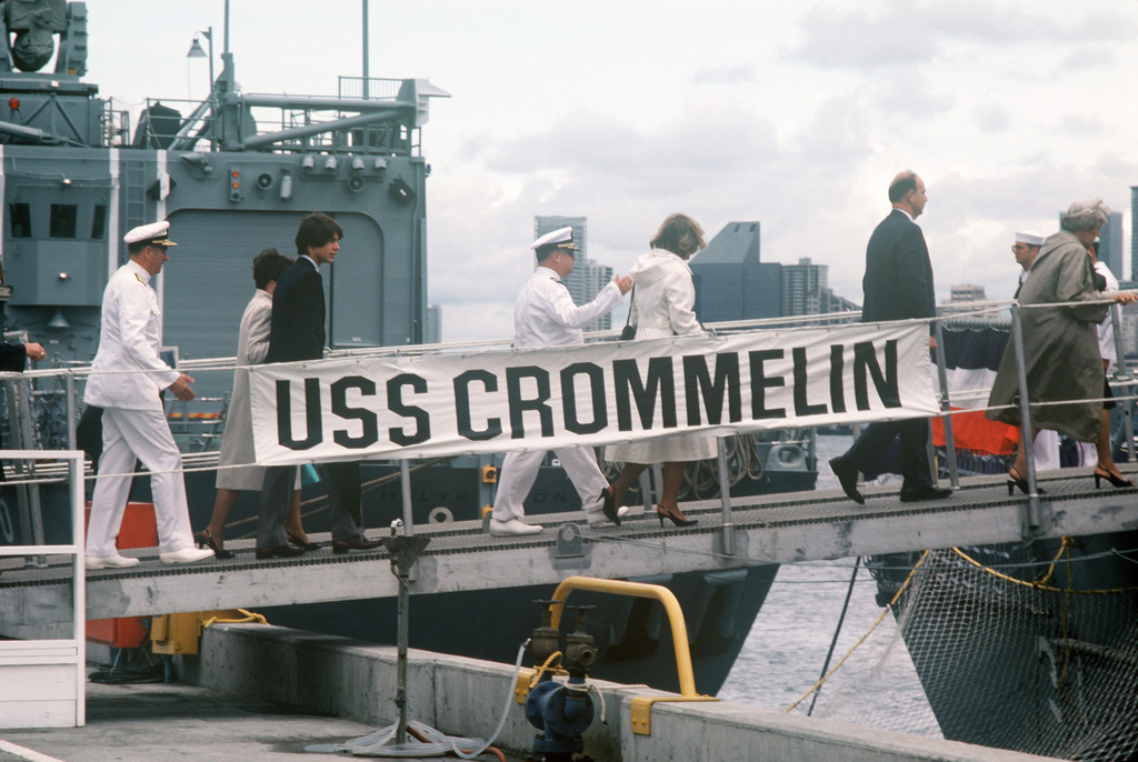 Guests go aboard the USS CROMMELIN (FFG 37) for a tour following the commissioning of the Oliver Hazard Perry class guided missile frigate