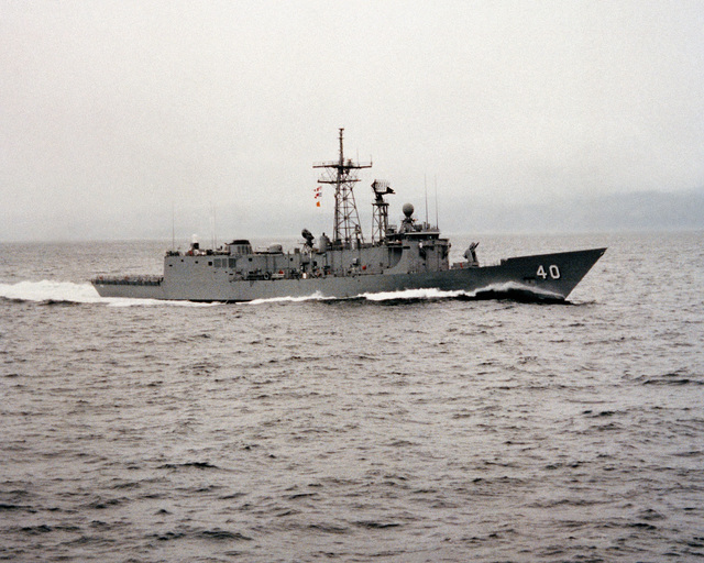A starboard view of the guided missile frigate HALYBURTON (FFG 40) during acceptance trials
