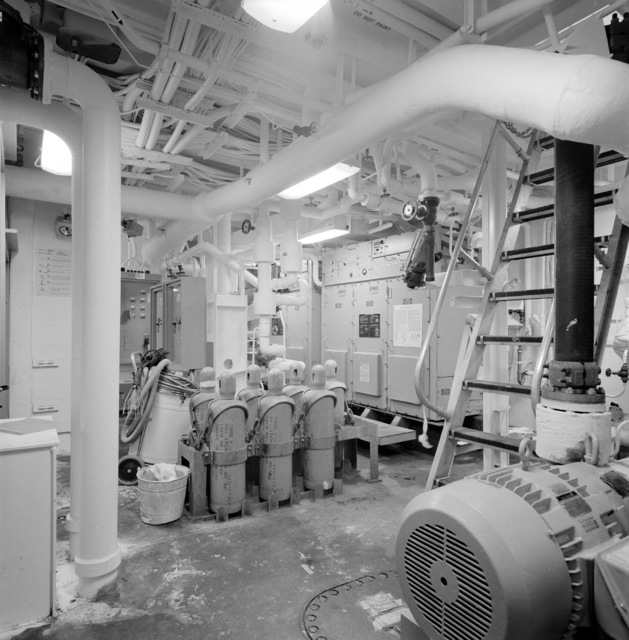 A view of the air conditioning machinery room aboard the guided missile frigate THACH (FFG 43). The ship, under construction at Todd Pacific Shipyards, is 90 percent complete