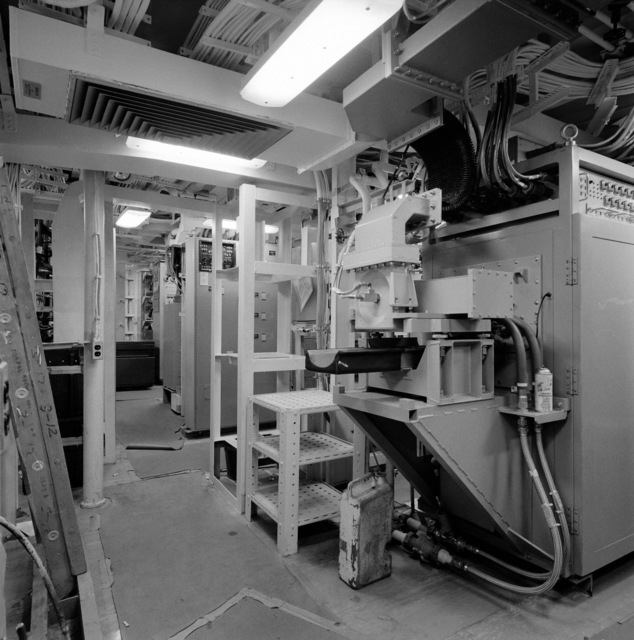 A view of the radar/identification friend of foe (IFF) and combat information center (CIC) equipment room aboard the guided missile frigate THACH (FFG 43). The ship, under construction at Todd Pacific Shipyards, is 90 percent complete