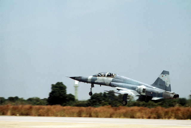 A Royal Thai Air Force (RTAF) F-5F Tiger II aircraft takes off during the dissimilar aircraft flying Exercise COMMANDO WEST 6. Personnel and aircraft of the 3rd Tactical Fighter Squadron are participating in the exercise with members of the Royal Thai Air Force