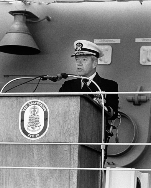Commodore Theodore E. Lewin, Commander, Naval Base, Seattle, Washington, speaks during the commissioning ceremony for the guided missile frigate USS HALYBURTON (FFG 40)