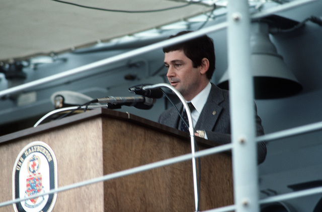 John T. Gilbride, Jr., Vice President and General Manager, Todd Pacific Shipyard Corp., Seattle, speaks during the commisssioning ceremony for the Oliver Hazard Perry class guided missile frigate USS HALYBURTON (FFG 40)