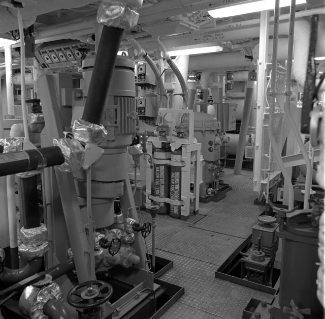 The No. 2 lower level auxiliary machinery room aboard the guided missile frigate NICHOLAS (FFG-47)