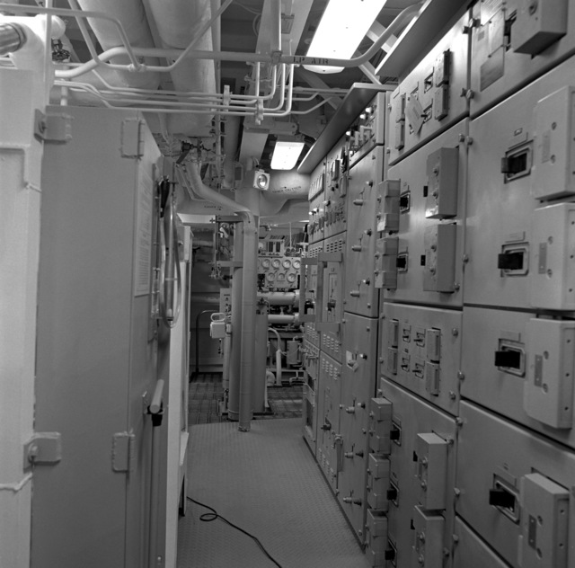 The No. 2 upper level auxiliary machinery room aboard the guided missile frigate NICHOLAS (FFG-47)