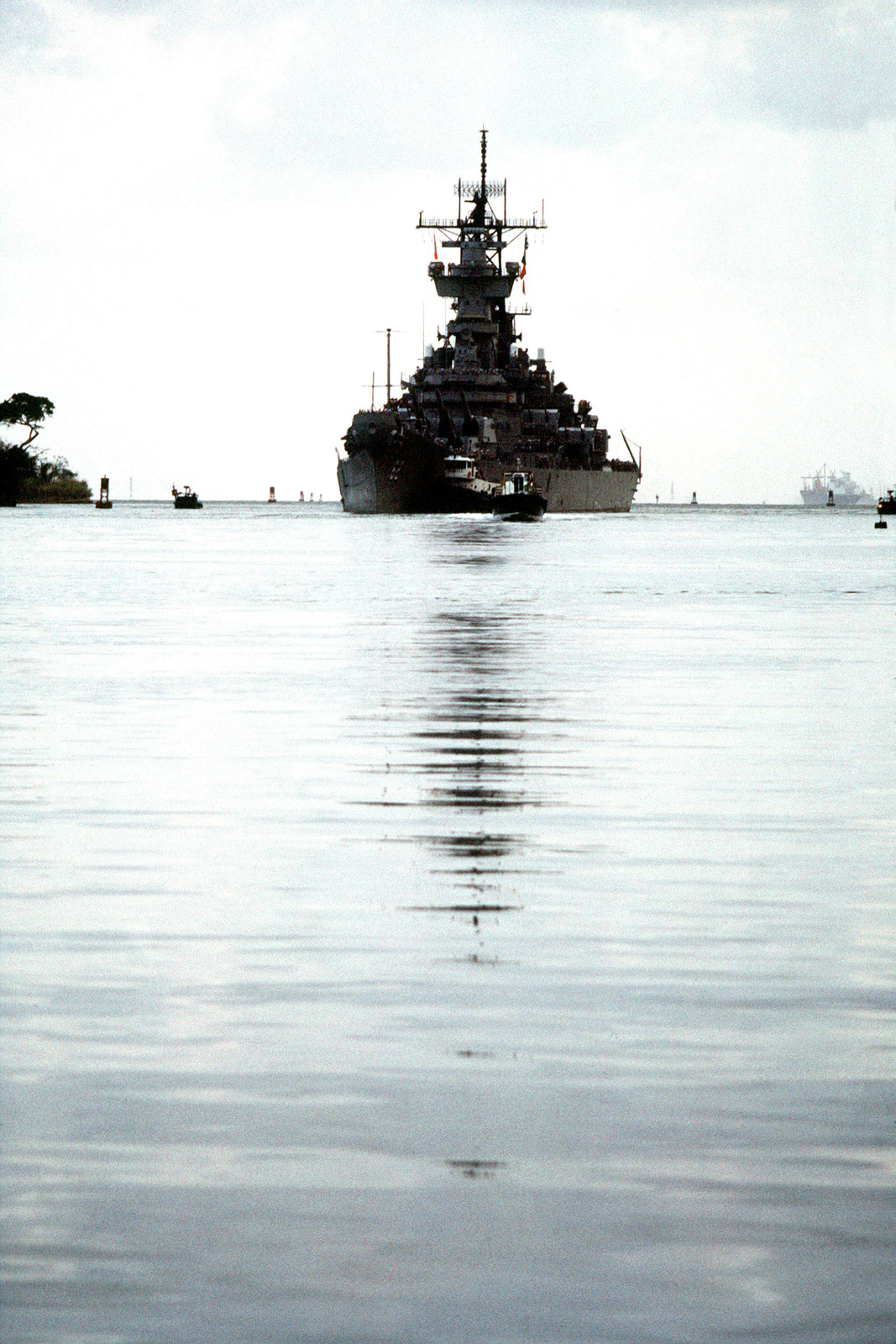 The battleship USS NEW JERSEY (BB 62) approaches the Gatun Locks to begin a transit of the Panama Canal