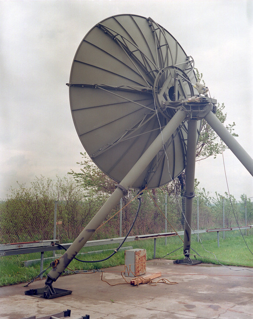 An overall view of a 15-foot tropo antenna power modification at the Rome Air Development Center's Ontario Center Test Site