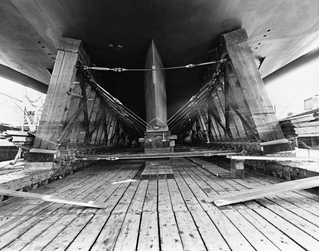 The keel (looking forward) of the dock landing ship USS GERMANTOWN (LSD 42) as it rests on the ways prior to launching