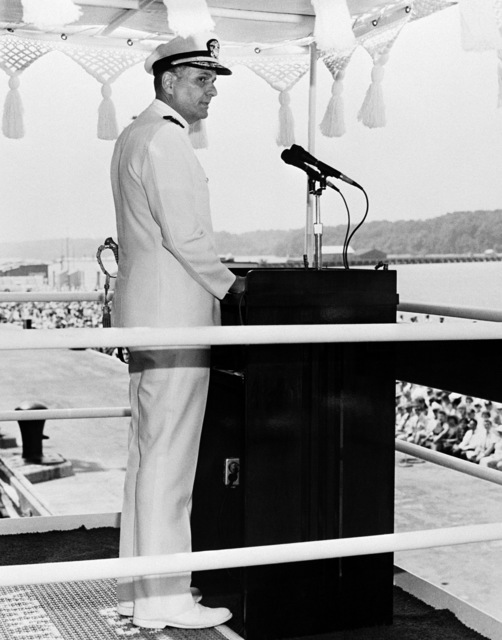 Rear Admiral Donald Roane, Aegis Shipbuilding Project Manager, speaks during the commissioning ceremony for the Aegis guided missile cruiser USS YORKTOWN (CG 48)