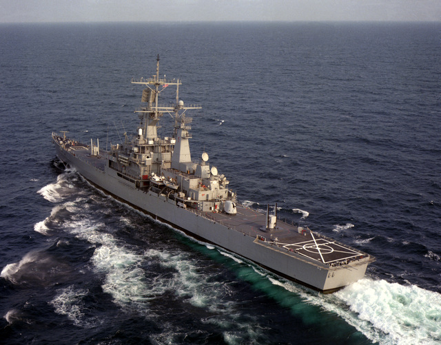 An aerial port quarter view of the Virginia Class nuclear-powered guided missile cruiser USS MISSISSIPPI (CGN-40) underway