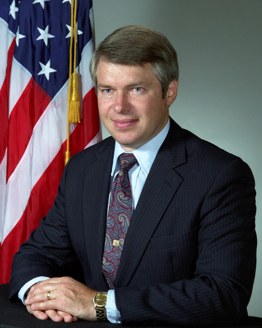 Richard L. Maley, Assistant Secretary of the Navy for Research, Engineering and Systems