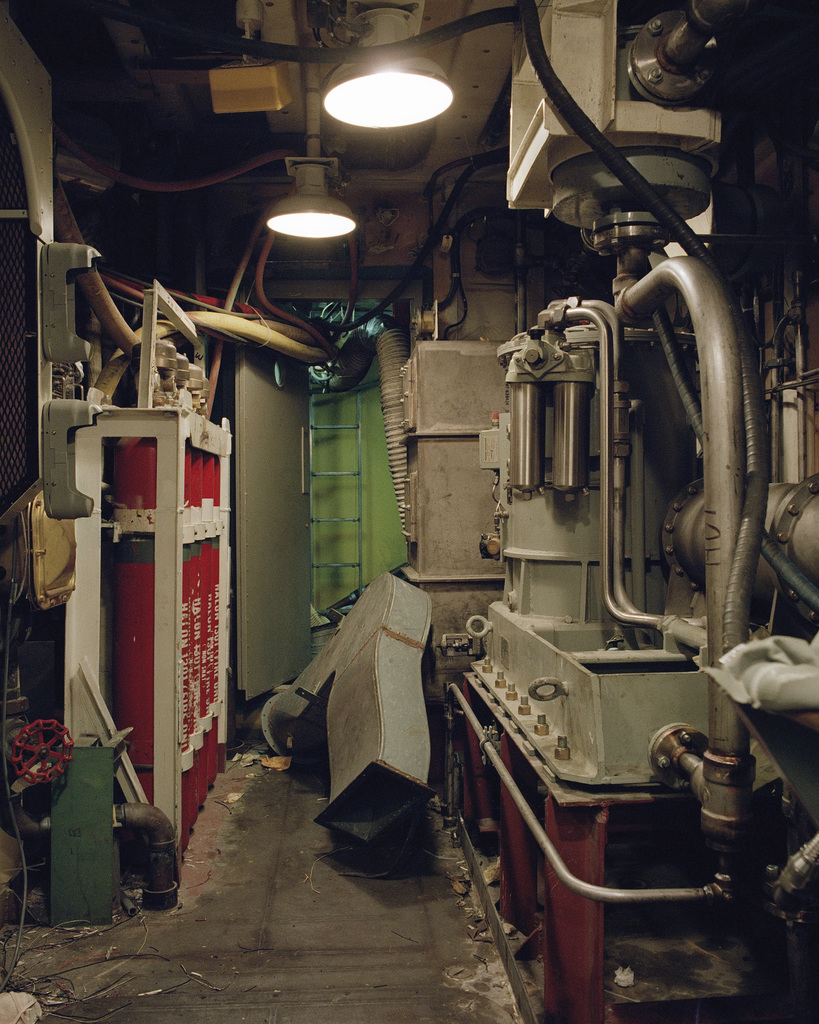 Navy Ship Engine Room: Main Engine Room Aboard The Oliver Hazard Perry Class