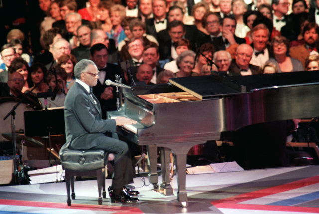 Singer Ray Charles performs during the Presidential Inaugural Gala at the D.C. Convention Center