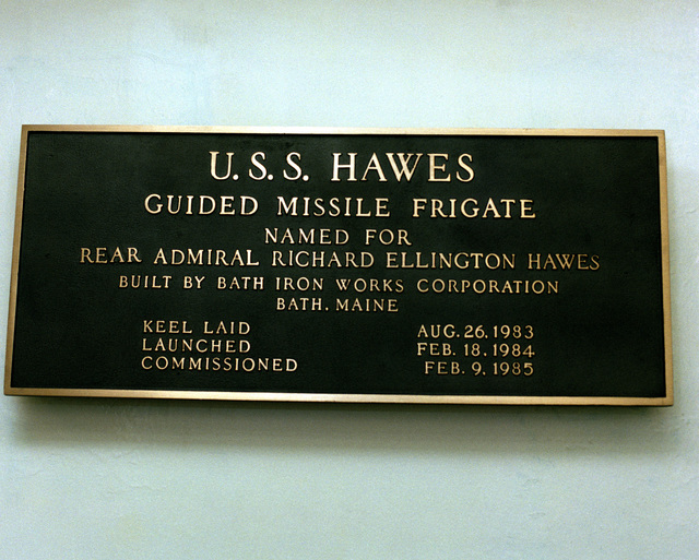 A closeup view of the commemorative plaque aboard the guided missile frigate HAWES (FFG-53)