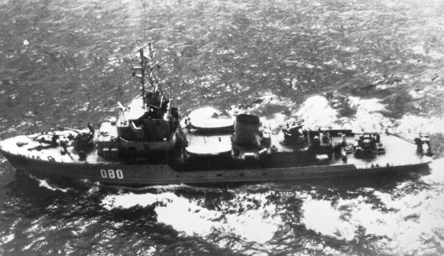 Aerial port beam view of a Soviet T-43 class ocean minesweeper underway