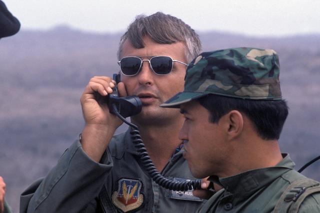 US and Ecuadorian pilots participate in the joint US and Ecuadorian Exercise BLUE HORIZON