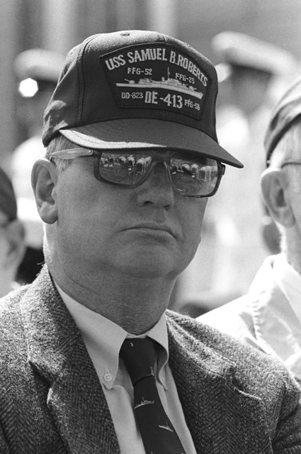 A survivor of the World War II destroyer escort USS SAMUEL B. ROBERTS (DE 413) attends the commissioning ceremony for the guided missile frigate USS CARR (FFG 52) at Todd Pacific Shipyards Corp. The USS CARR is named in honor of GUNNER's Mate 3rd Class Paul Henry Carr (1924-1944), who died heroically aboard the USS SAMUEL B. ROBERTS during the battle off the coast of Samar